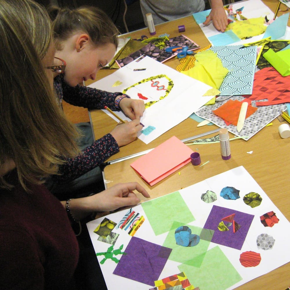 Children's Workshop: Create your own accordion book - West